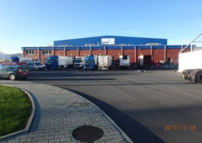 Warehouse, Myslenice