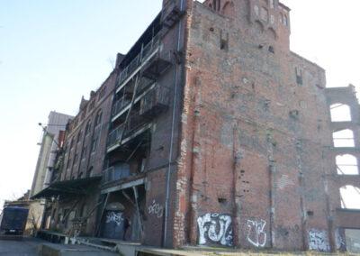 Kompleks przedwojennych budynków administracyjno  magazynowych - Wrocław